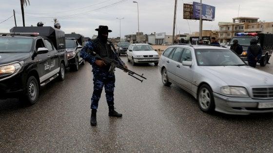 """Libia, Haftar rifiuta la tregua. Di Maio: """"Embargo sulle armi"""""""