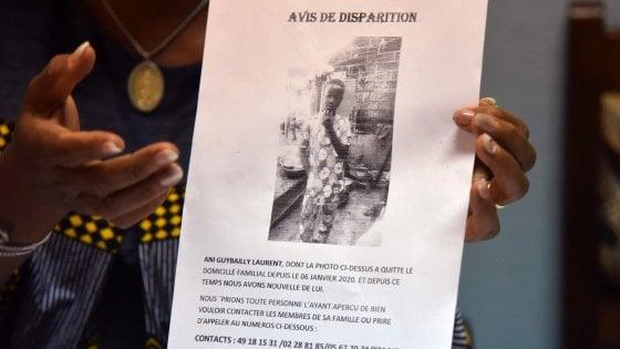 Francia, identificato il ragazzo ivoriano trovato morto nel carrello di un aereo: aveva 14 anni