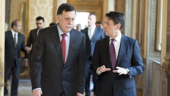 """Libia, arriva Serraj da Conte: """"Ma l'Italia da che parte sta?"""""""