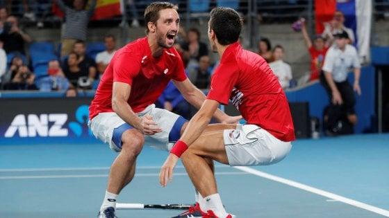 Tennis, Atp Cup: Nadal s'inchina a Djokovic, è trionfo Serbia