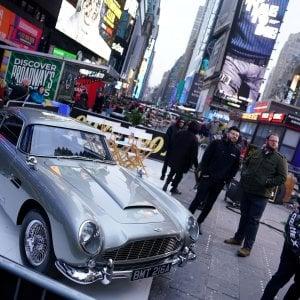 Aston Martin in difficoltà, l'auto di James Bond aspetta rinforzi da Cina e F1