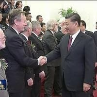 Lo scienziato Roberto Battiston premiato dal presidente cinese Xi Jinping