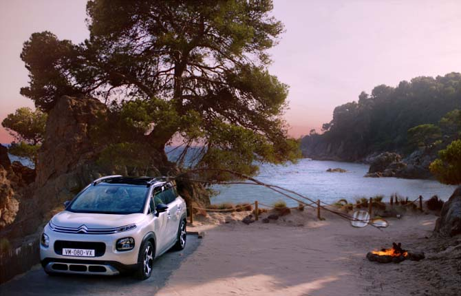 Citroën show grazie al genio di Eric Judor