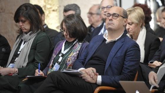"""Il Pd va in """"conclave"""" nell'abbazia di Contigliano. Zingaretti sulle Sardine: """"Non voglio né annettere né includere"""""""