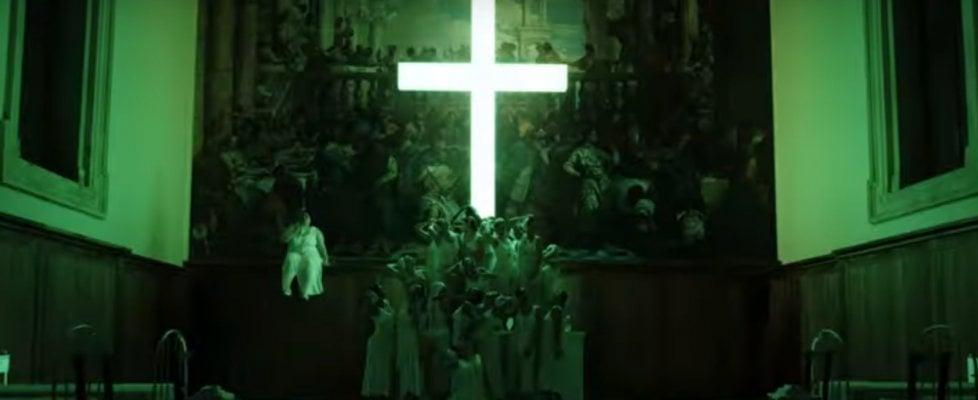 """Il patriarcato di Venezia attacca la sigla della serie tv """"The New Pope"""": """"Offensiva e ingiustificata"""""""