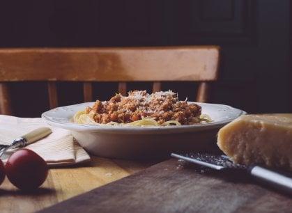 L'anno che verrà: l'Italia riparte da pomodoro, formaggio e vino vero