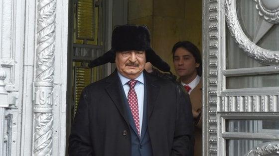 """Libia, media: Haftar alla Conferenza di Berlino. Conte: """"Italia non alimenterà conflitto"""""""
