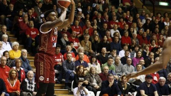 Basket, Eurocup: Venezia ritrova la difesa e vince il derby con Brescia