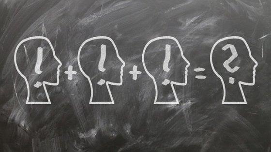Maschi più bravi in matematica? Colpa degli stereotipi fra i banchi