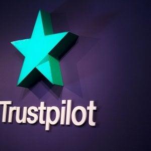 Svelato il dietro le quinte di una recensione: Trustpilot aumenta la trasparenza