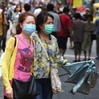 """Cina, possibili 1700 casi di infezione legati al nuovo virus. """"Allarme da non so..."""