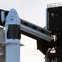SpaceX, rinviato per maltempo il test della capsula Crew Dragon