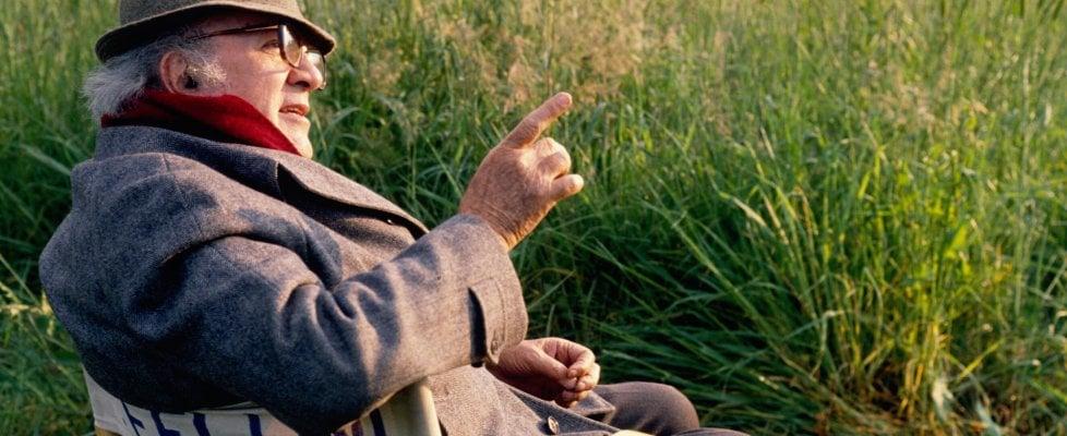 Federico Fellini, il mito in 100 tappe: ecco chi era l'uomo dietro al genio