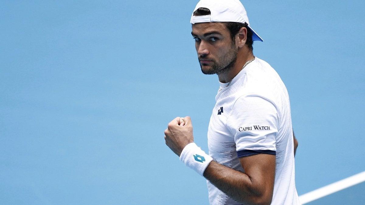 Tennis, Australian Open: tutto facile per Berrettini e Federer, perde Martina Trevisan