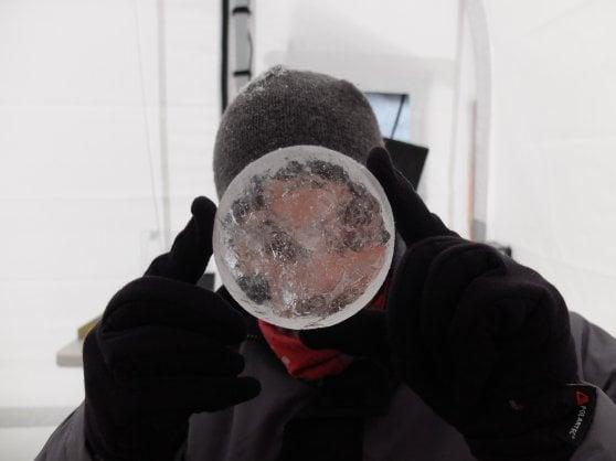 """Clima, in una """"carota"""" da record 120 mila anni di ghiaccio artico"""