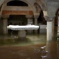 San Marco in una teca, lastre di vetro come scudo all'acqua alta