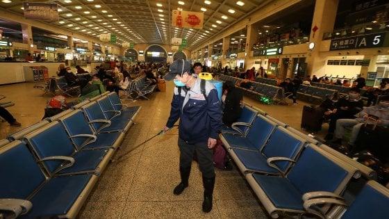 Coronavirus dalla Cina, Wuhan, città isolata: l'allarme si allarga