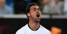 Australian Open: Fognini si salva al 5°. Fuori Berrettini e Sinner. Tutto facile per Djokovic e Federer