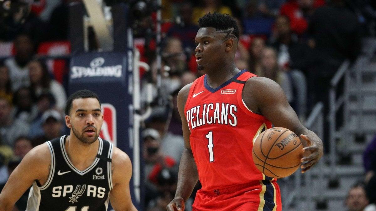 Basket Nba: esordio da sogno per Zion Williamson, è già nella storia