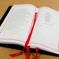 Brexit, Von der Leyen e Michel firmano il divorzio. Prosecco a Downing Street: si brinda...