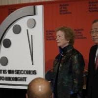 L'Orologio dell'apocalisse, 100 secondi alla fine del mondo. Scienziati: colpa di armi...