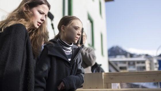 """Le nuove accuse di Greta ai potenti: """"Questione clima completamente ignorata a Davos"""""""