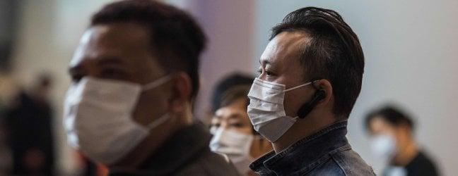 L'Italia lavora a un piano per evacuare i suoi cittadini da Wuhan dal nostro corrispondente FILIPPO SANTELLIRoma e Milano rinviano Capodanno cinese. Pechino: stop commercio animali selvatici