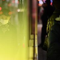 Anche l'Italia lavora a un piano per evacuare i suoi cittadini da Wuhan
