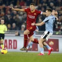 Roma-Lazio 1-1, Acerbi replica a Dzeko nel derby delle papere