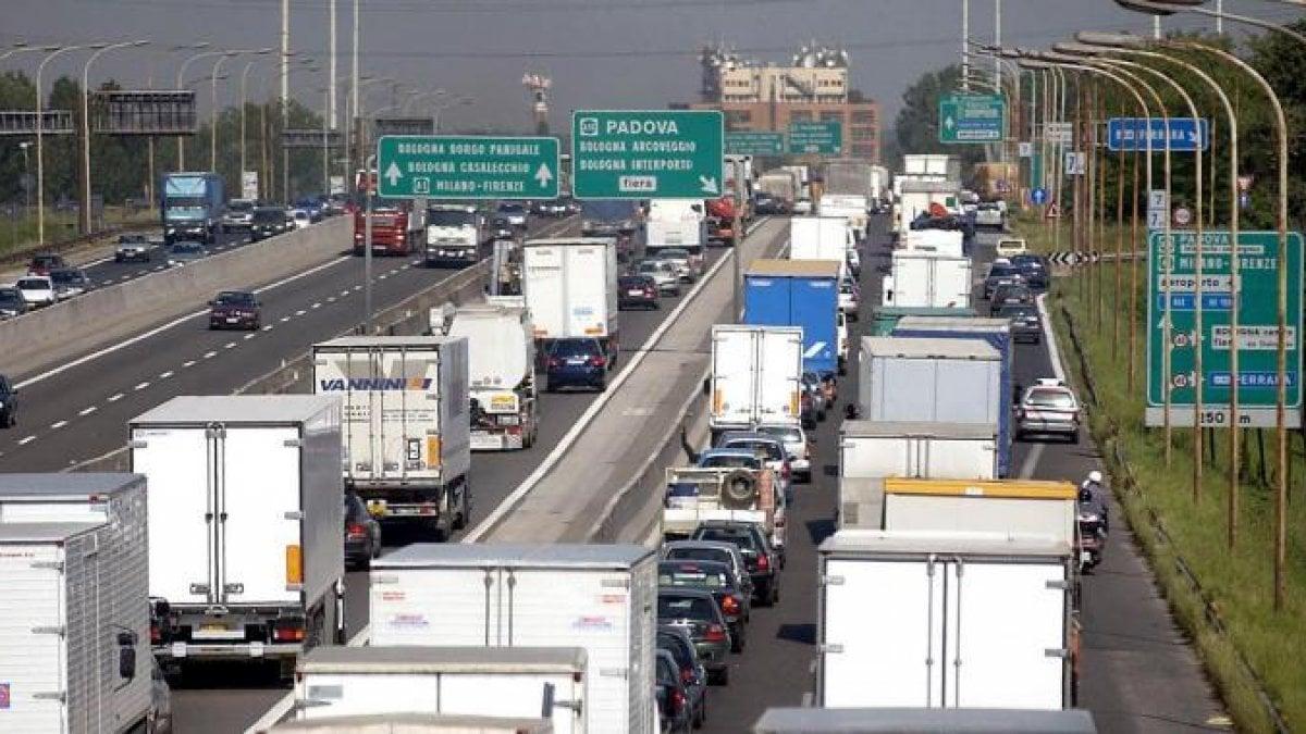Torna la proposta dei 150 orari in autostrada
