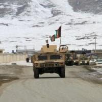 """Afghanistan, cade un jet Usa. I Talebani: """"Abbiamo abbattuto l'aereo della Cia"""""""