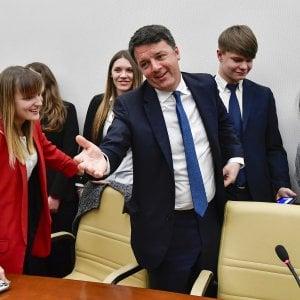 """Renzi: """"In Emilia ha vinto Bonaccini, i Cinque stelle sono finiti"""". E al governo dice: """"La ricreazione è finita"""""""