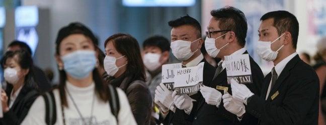 Virus, in Cina 132 morti. British Airways blocca voli, domani rientrano i primi italiani