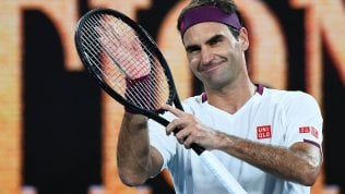 Federer annulla 7 match point, vince e poi resta umile