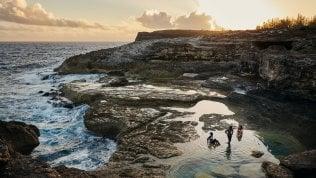 Il sabbatico benefico di Airbnb: 2 mesi a ricostruire alle Bahamas