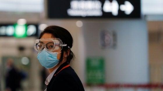 """Coronavirus, gli esperti: """"Niente allarmismi, è meno pericoloso di Sars e Mers"""""""