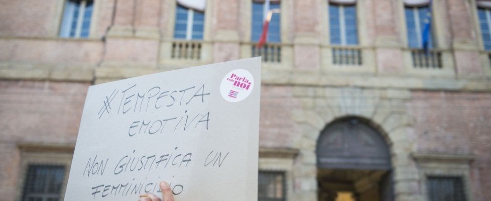 """Femminicidi, 6 donne morte in una settimana. Il pg della Cassazione: """"Emergenza nazionale"""""""