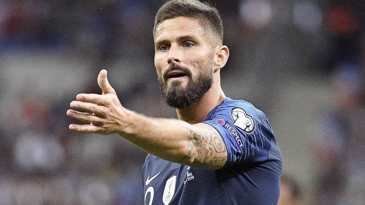 Mercato: né Inter né Lazio, Giroud resta al Chelsa. Milan, giallo Robinson. La Juventus cede Emre Can al Dortmund