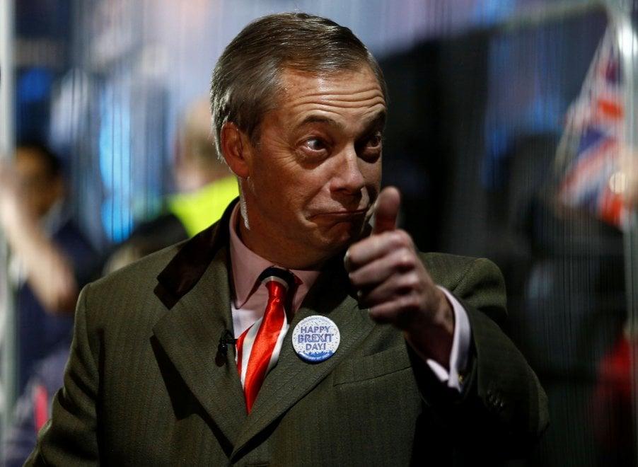Brexit, Gb lascia Ue: migliaia in piazza per il countdown