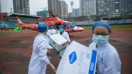 Coronavirus, riabilitato il medico che aveva avvertito la Cina e non era stato creduto