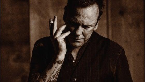 """Kiefer Sutherland: """"Non sono un attore che canta, sul palco i sentimenti sono i miei"""""""