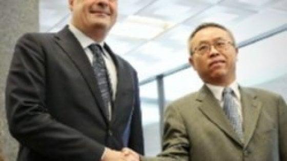 Coronavirus: Zingaretti incontra l'ambasciatore cinese e le ricercatrici dello Spallanzani