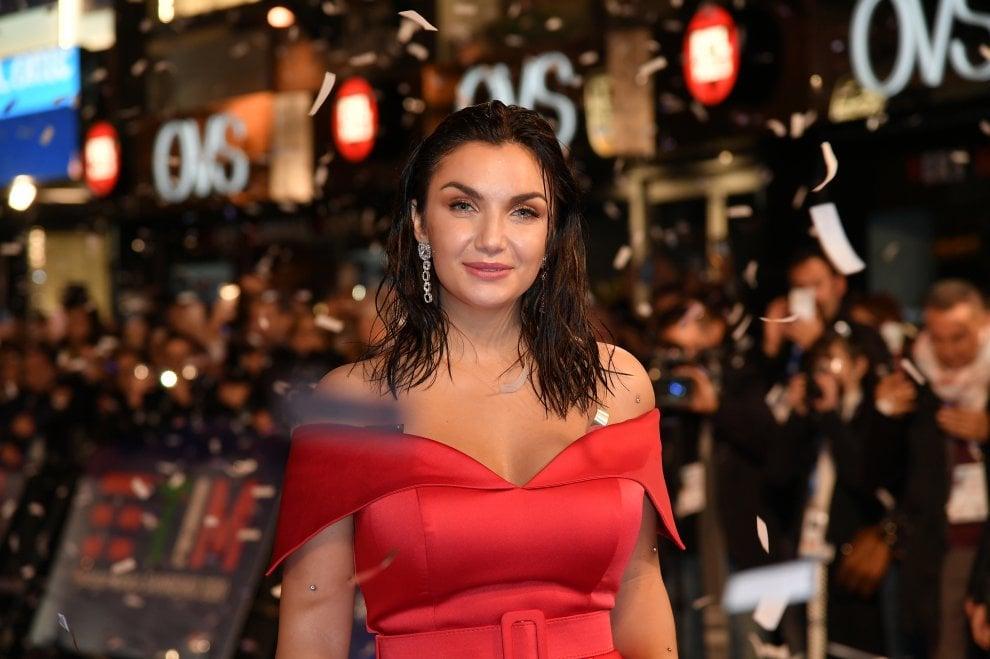 Sanremo 2020, un lungo red carpet per i 24 big