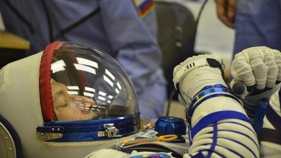 """AstroLuca saluta la Stazione Spaziale e torna a casa. Governatore Sicilia: """"Per lui medaglia d'oro"""""""