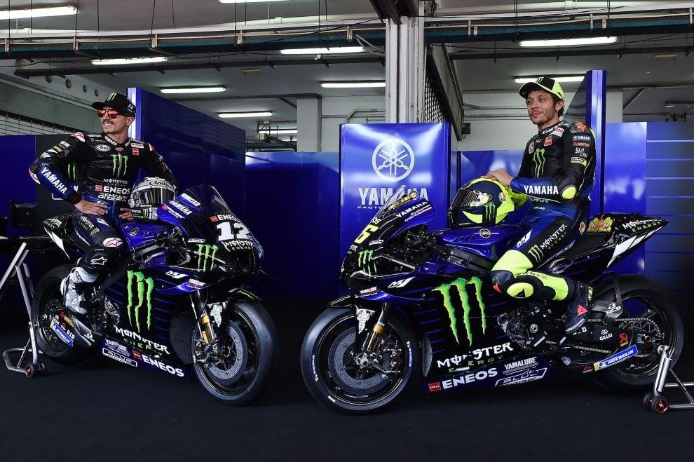 MotoGp, presentata la nuova Yamaha: in sella Rossi e Vinales