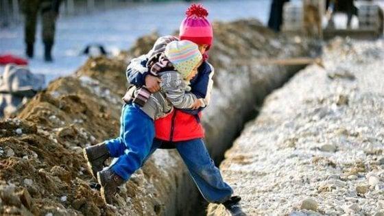 Migranti ragazzini, quelli che da soli, dopo l'accoglienza, spariscono e se ne perdono le tracce