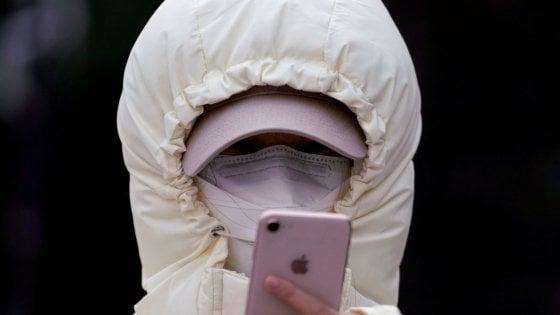 Cina, le mascherine ingannano l'Ia. Così il coronavirus mette in crisi il riconoscimento facciale