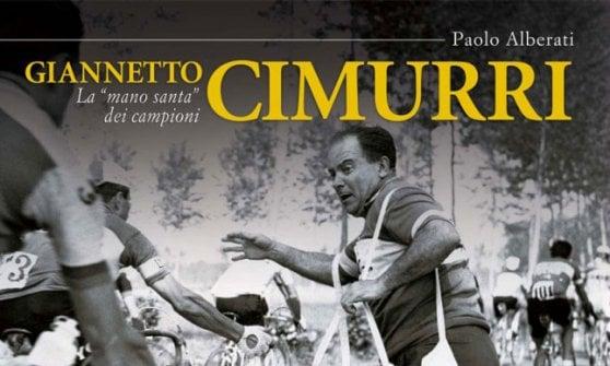 """A Reggio Emilia la mostra dedicata a Cimurri, il """"manosanta"""" del ciclismo italiano"""