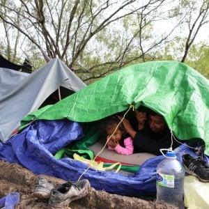 Messico: Un anno dopo i protocolli USA sulla migrazione, il bilancio per migliaia di persone è devastante