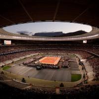 Tennis, in 52 mila per lo show Federer-Nadal: record a Città del Capo